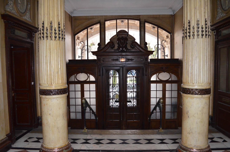 Porte d'entrée grand hotel