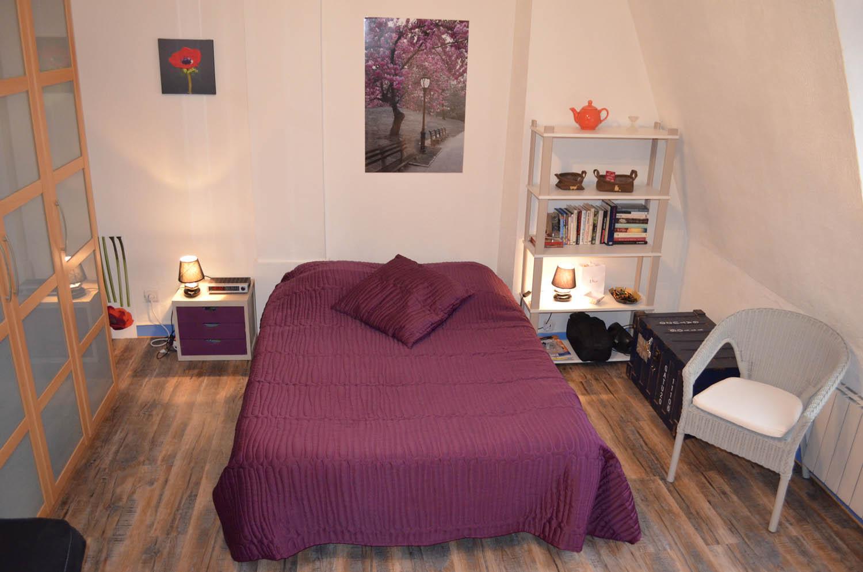 studio meuble aix les bains appartement meubl aix les bains. Black Bedroom Furniture Sets. Home Design Ideas