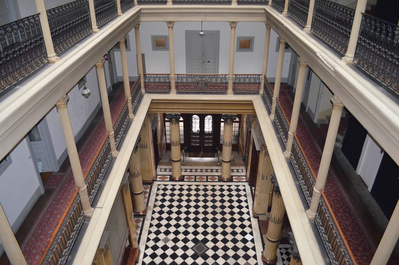 2eme étage du grand hotel aix les bains