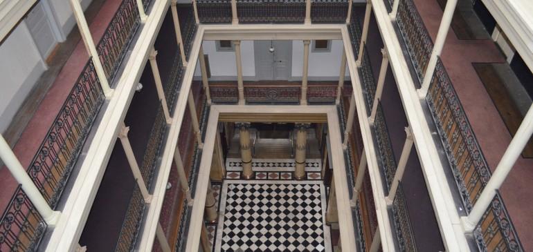 Hall vue du 4ème étage