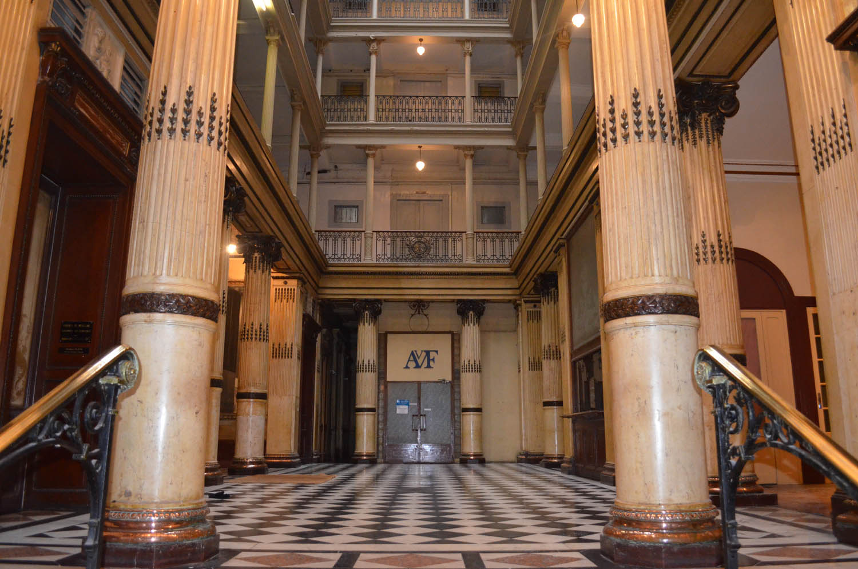 le hall du grand hotel